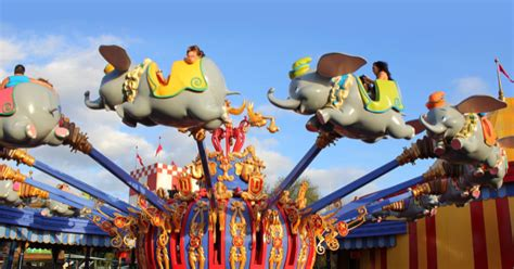 save money on disney world 10 ways to save money on disney world vacations