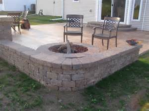 Build A Patio Bench Rockford Seat Wall Creative Concrete And Landscaping