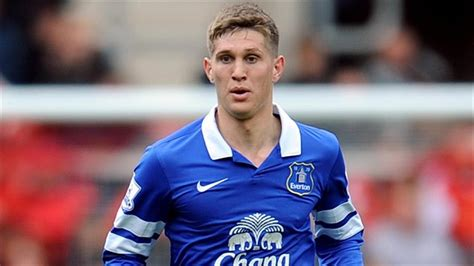 chelsea today everton ready to reject chelsea s new bids for stones