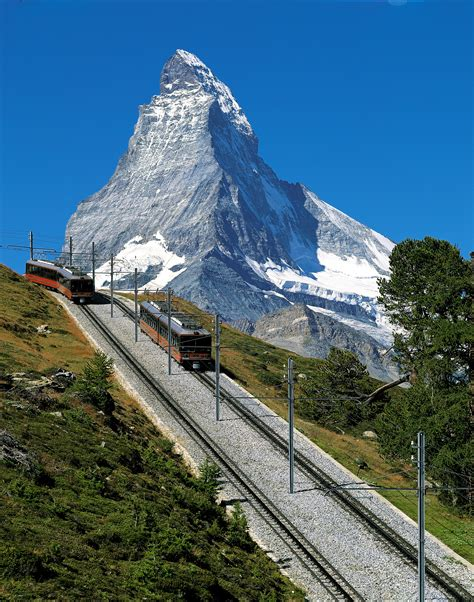 treno a cremagliera svizzera things to do in zermatt switzerland matterhorn zermatt