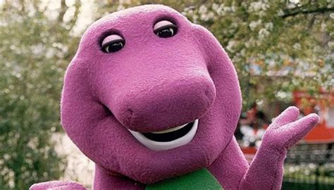 barney  dinosaur set   big screen comeback