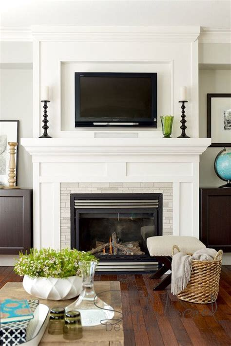 Fireplace Mantel Ideas With Tv by 25 Best Ideas About Tv Above Fireplace On Tv