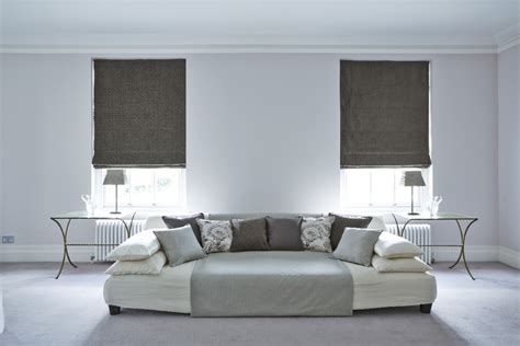 what color walls curtains and carpets blend with dark curtains that go with beige walls what color walls