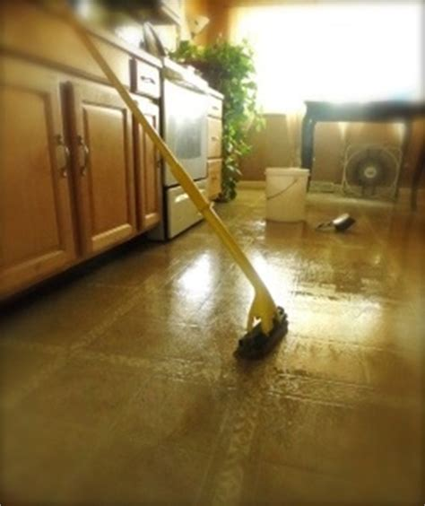 How To Clean Vinyl Floors With Vinegar by How To Clean Vinyl Flooring Bob Vila