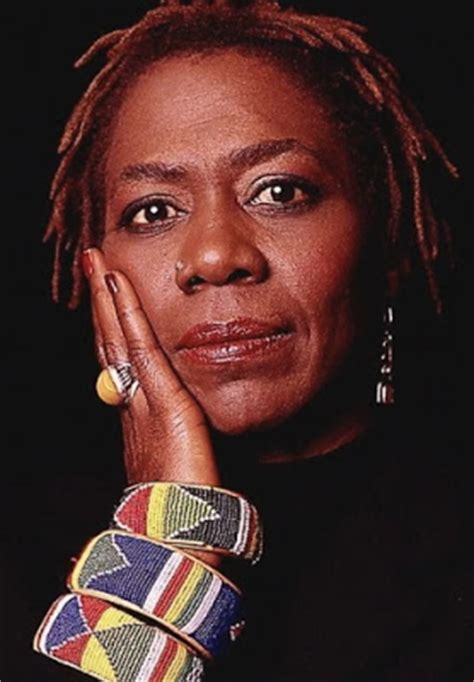 afeni shakur house 2pac s mum is dead afeni shakur dies of heart attack at her house in california