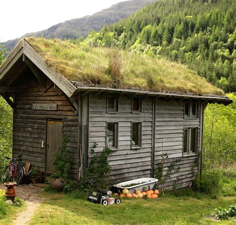 Sod Roof Cabin by Green Roof Inspiration Nifty Homestead