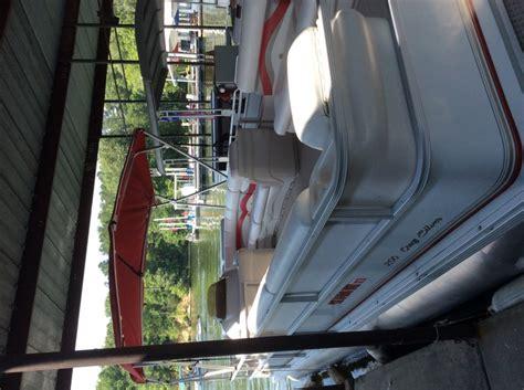 used pontoon boats for sale nashville tn pontoon 28 ft nashville 37036 charlotte tn boat