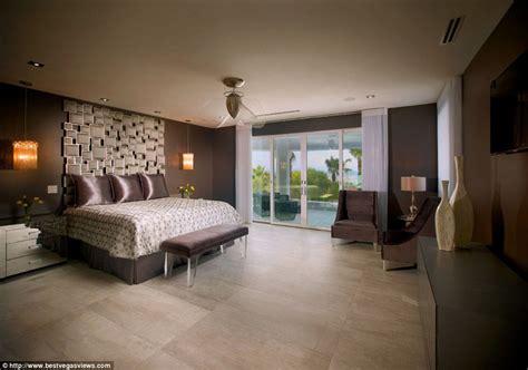 Master Bedroom Suite Conor Mcgregor S Mac Mansion Step Inside The Luxury Las
