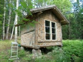 Small Cabin com thirteen tiny dream log cabins and a floating log home