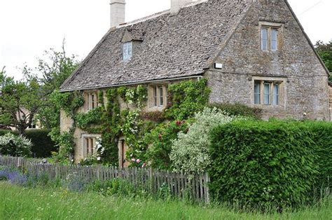 cotswold cottage home