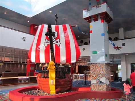 legoland bedrooms review legoland malaysia hotel premium adventure themed room