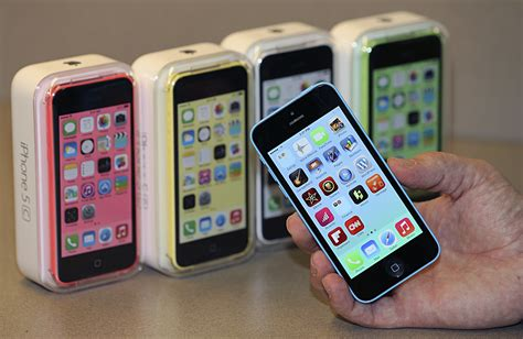 apple s budget iphone 5c might be getting a fingerprint scanner