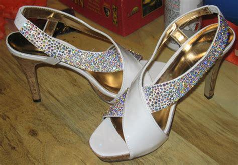 rhinestone shoes diy help diy rhinestone shoes weddingbee photo gallery