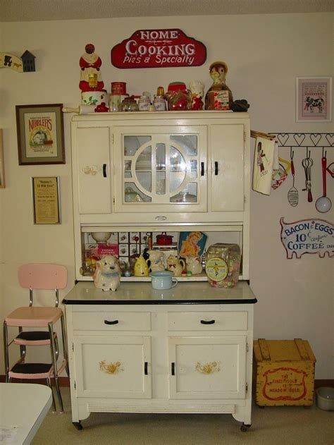 Sellers Kitchen Cabinet by 82 Best Hoosier Sellers Boone Bakers Images On
