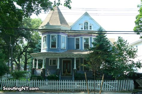 buy house in new york the saddest house in new york city scouting ny