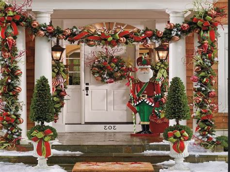 outside home christmas decorating ideas easy outdoor christmas decorating ideas pinterest outdoor