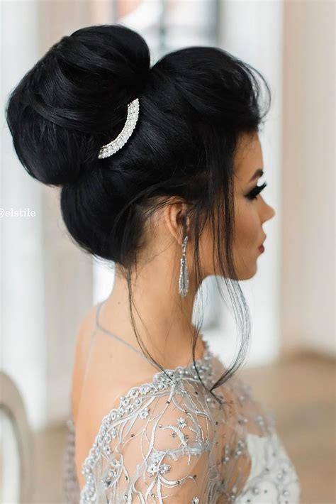 Summer Wedding Hairstyles For Guests by 1000 Ideas About Wedding Guest Hairstyles On