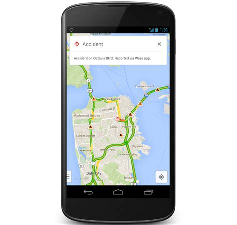 maps for android iphone and gets real time incident reports from waze
