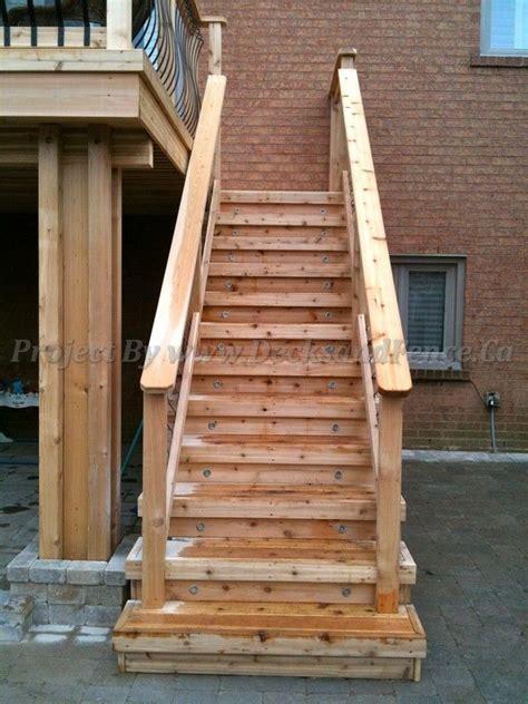 short stair landing close  deck doesnt eat  yard