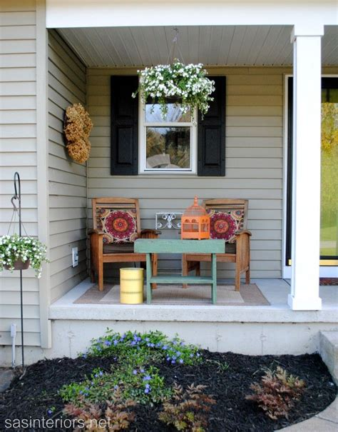 spring front porch love   table small porch