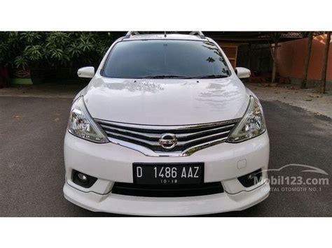 Tv Mobil Nissan Grand Livina jual mobil nissan grand livina 2013 highway 1 5 di