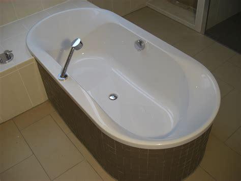 Hoesch Badewanne by Badewanne Hoesch Spectra Ovalbadewanne 170x80cm 6480 010