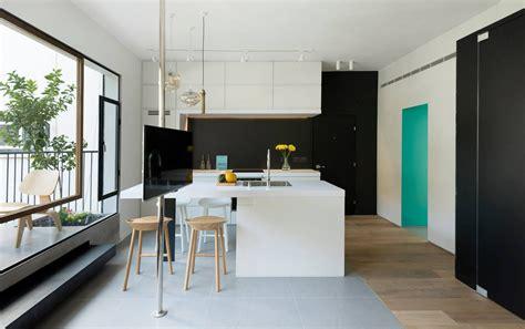 decorar living triplex a refurbished apartment in tel aviv by maayan zusman