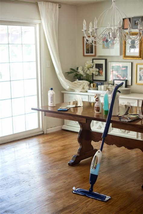 Hardwood Floor Care 8 Benefits You Need To By Using Bona Laminate Floor