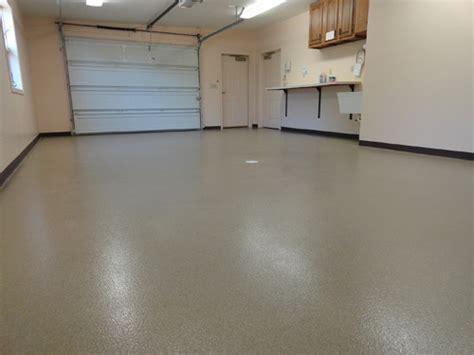 Diy Garage Floor Coating by Decorative Concrete Floors Diy Crafts