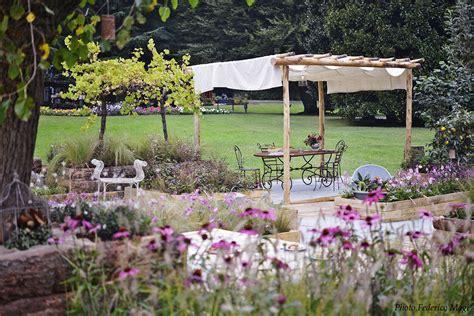 il giardino di e sole gazebo per il giardino tante idee per ripararsi dal sole