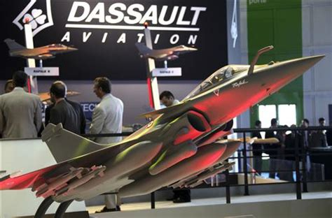 dassault si鑒e social dassault aviation adopte comme premi 232 re