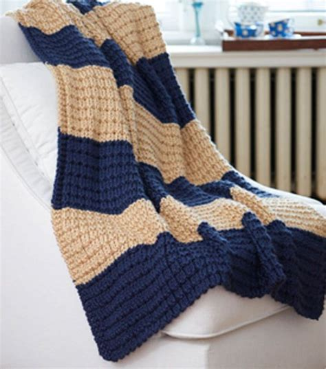 easy knitted afghan patterns free knitting pattern easy breezy afghan from joann