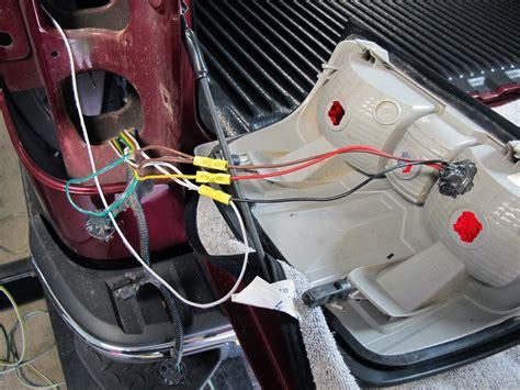 2008 Toyota Tundra Roadmaster Tail Light Wiring Kit With Bulbs