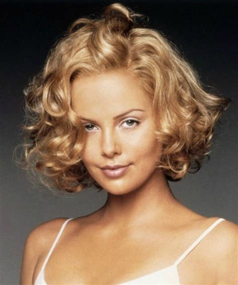 Charlize Theron Hairstyles by Curly Hairstyles Charlize Theron Curly Hair