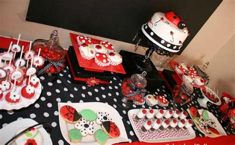 Ladybug Baby Shower Centerpieces by 1000 Ideas About Ladybug Centerpieces On