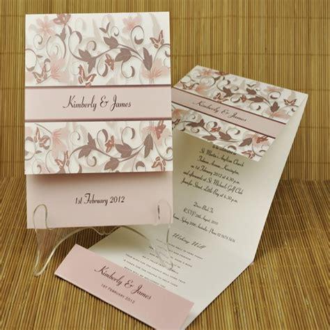 kartu undangan desain sendiri 23 desain undangan pernikahan elegan trend 2018 undangan