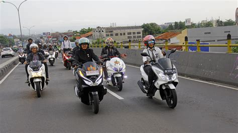 Pcx 2018 Jogja by Jogja Scooter Ride Puluhan Pecinta Honda Pcx Til