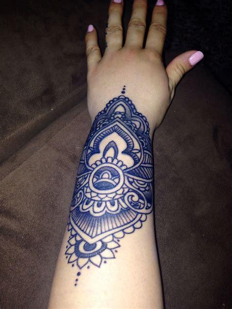 paisley wrist tattoo paisley wrist tatuajes wrist