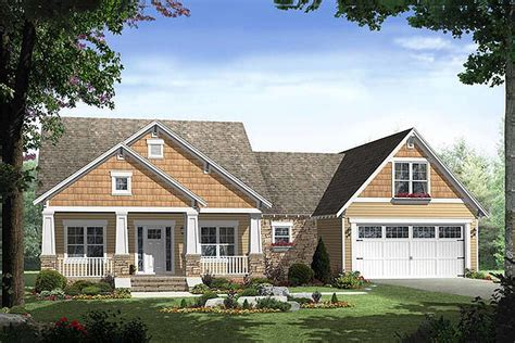 craftsman style house plan 3 beds 2 baths 1800 sq ft