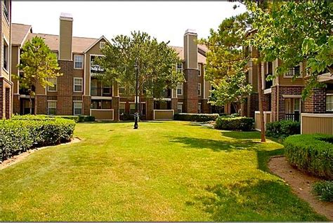 riverside park apartment homes tulsa ok apartment finder