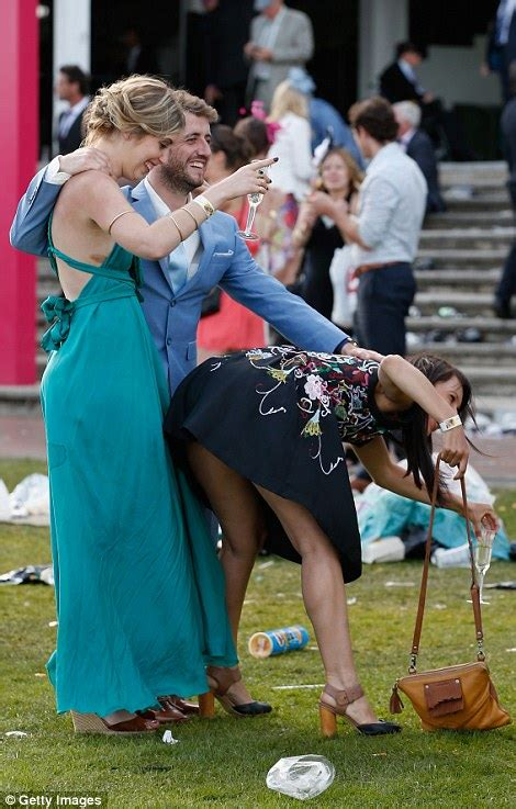 melbourne cup 2015 revellers get into the spirit for