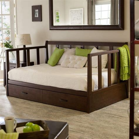 diy daybed headboard daybed headboard diy 28 images 25 best ideas about