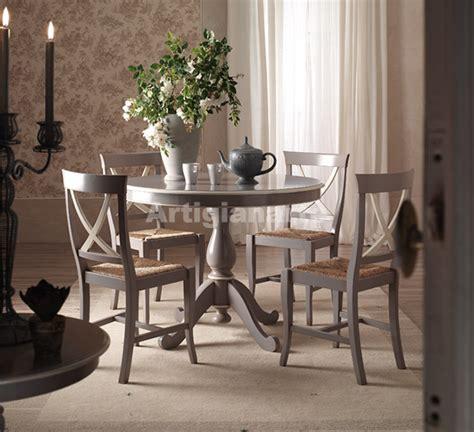 tavoli in stile provenzale tavolo e credenza in stile salone