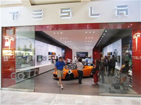 Tesla Mall And Electric Cars