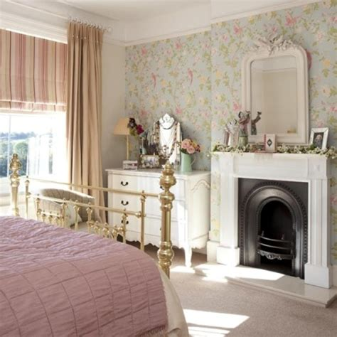Bedroom Fireplace Mantel Decor How To Decorate A Bedroom Fireplace Mantel 5 Ways To