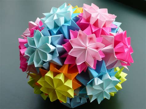 Origami Flowers Kusudama - flower kusudama quot bouquet of primula quot from tomoko fuse s