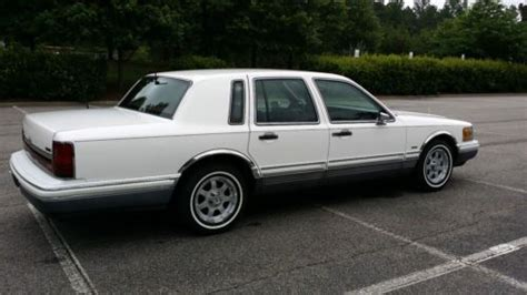 books on how cars work 1994 lincoln town car engine control purchase used 1994 lincoln town car signature series in united states for us 5 000 00