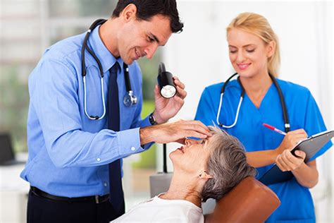 overview of associate degree programs to become a medical