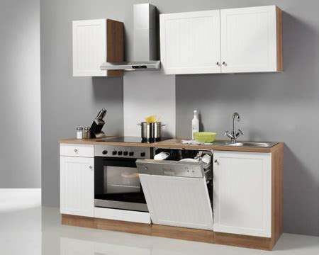 Günstige Kleine Küchen Mit Elektrogeräten by K 252 Chenzeile Mit Elektroger 228 Ten Rheumri