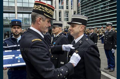 Lettre De Recommandation Ordre National Du Mérite Arm 233 E Une Nomination Qui Donne Des Ailes Et Une Promotion Dans L Ordre National Du M 233 Rite Pour